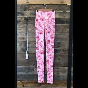 Pink Roses Leggings